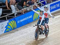 England's Sophie Thornhill and pilot Helen Scott celebrate winning gold. Cycling, Commonwealth Games, Gold Coast, Australia. Saturday, 7 April, 2018. Copyright photo: John Cowpland / www.photosport.nz /SWpix.com