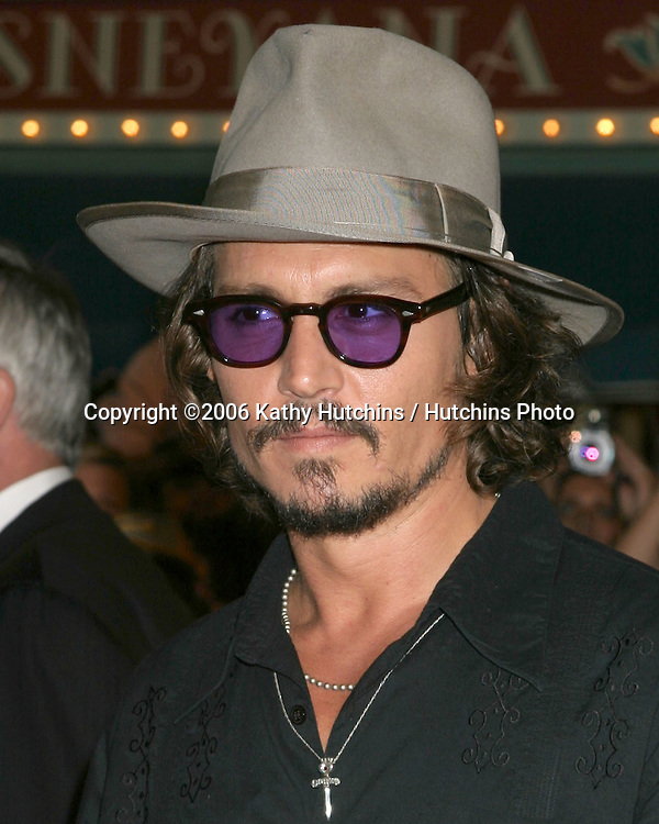 "Johnny Depp.""Pirates of the Caribbean: Dead Man's Chest"" Premiere.Disneyland .Anaheim, CA.June 14, 2006.©2006 Kathy Hutchins / Hutchins Photo...."