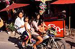 www.travel-lightart.com, ©Paul J. Trummer, Asia, Bo Sang, Chiang Mai, Chiangmai, continent, continents, Countries, Country, Geography, Thailand, Asien, Erdteil, Erdteile, Geografie, Kontinent, Kontinente, L?nder, Siam, Staat, Staaten, families, family, folks, human, human being, human beings, humans, living being, people, person, persons, child, children, daughter, daughters, girl, girls, kids, motorcyclist, motorcyclists, Eltern, Frau, Frauen, Lebewesen, Leute, Mensch, Menschen, Muetter, Mutter, Personen, Familie, Familien, Motorrad, Motorr?der, b?hne, Dinge, Fahrzeug, Fahrzeuge, Gegenstand, Gegenst?nde, KFZ, Sachen, Transport, Transportformen, Transportmittel, Verkehrsformen, Verkehrsmittel, motorbike, motorbikes, motorcycle, motorcycles, objects, things, transportation, transportations, vehicle, vehicles, autom?vil, autom?viles, cosa, cosas, medio de transporte, medios de transporte, moto, motocicleta, motocicletas, motos, objeto, objetos, veh?culo, veh?culos, traffic, Verkehr, elderly woman, elderly women, grandmother, Grandparents, old woman, old women, senior citizen, senior citizens, Alte Frau, Alte Frauen, Alte Menschen, Alter, ?ltere Frau, Gro§eltern, Gro§mutter, Oma, Rentner, Rentnerin, Rentnerinnen, Senioren, Seniorin, Br?der, Geschwister, Jugend, Kind, Kinder, Schwester, Schwestern