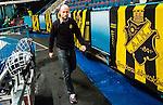 Stockholm 2014-11-16 Ishockey Hockeyallsvenskan AIK - IF Bj&ouml;rkl&ouml;ven :  <br /> AIK:s assisterande tr&auml;nare Michael Nylander p&aring; v&auml;g till spelarb&aring;set inf&ouml;r den andra perioden av matchen mellan AIK och IF Bj&ouml;rkl&ouml;ven <br /> (Foto: Kenta J&ouml;nsson) Nyckelord:  AIK Gnaget Hockeyallsvenskan Allsvenskan Hovet Johanneshov Isstadion Bj&ouml;rkl&ouml;ven L&ouml;ven IFB tr&auml;nare manager coach portr&auml;tt portrait