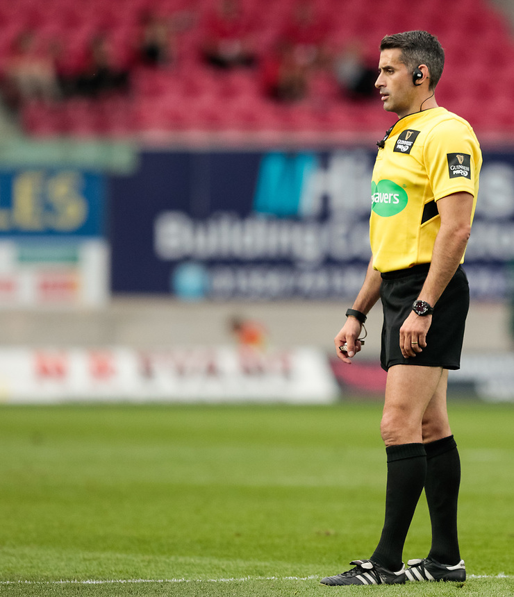 Referee Frank Murphy<br /> <br /> Photographer Simon King/CameraSport<br /> <br /> Guinness Pro14 Round 1 - Scarlets v Southern Kings - Saturday 2nd September 2017 - Parc y Scarlets - Llanelli, Wales<br /> <br /> World Copyright &copy; 2017 CameraSport. All rights reserved. 43 Linden Ave. Countesthorpe. Leicester. England. LE8 5PG - Tel: +44 (0) 116 277 4147 - admin@camerasport.com - www.camerasport.com
