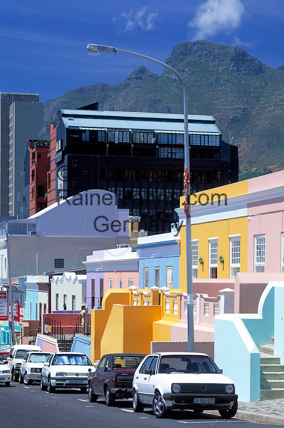 South Africa, Cape Town, Bo-Kaap, situated above the modern city