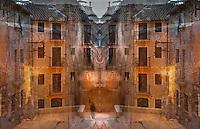 Fetilleria ocre<br /> <br /> Una figura s&rsquo;esmuny<br /> <br /> entre el gris dels carrers,<br /> <br /> rius de pedra<br /> <br /> rosegats per la pluja<br /> <br /> que la llum dels fanals tenyeix d&rsquo;ocre.<br /> <br />  <br /> <br /> Els balcons, les finestres<br /> <br /> tanquen dins seu<br /> <br /> l&rsquo;arquitectura del buit,<br /> <br /> com si es tract&eacute;s de l&rsquo;escena d&rsquo;un teatre,<br /> <br /> on totes les mirades es concentren<br /> <br /> en un espai on res aparent no succeeix,<br /> <br /> sin&oacute; la dansa esparracada d&rsquo;unes ombres<br /> <br /> que s&rsquo;afanyen maldestres a ajustar el seu gest<br /> <br /> al comp&agrave;s d&rsquo;una antiga melodia,<br /> <br /> el lent batec d&rsquo;una &agrave;nima de sorra.<br /> <br /> Carles Duarte i Montserrat