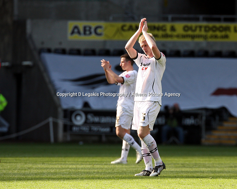 Pictured: Alan Tate of Swansea City in action <br /> Re: Coca Cola Championship, Swansea City FC v Norwich City FC at the Liberty Stadium Swansea, south Wales. Saturday 11 April 2009.<br /> Picture by D Legakis Photography / Athena Picture Agency, Swansea 07815441513