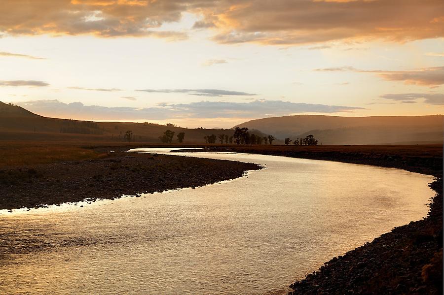 Lamar River running through Lamar Valley at sunset, Yellowstone National Park, Wyoming, USA
