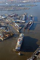 Queen Victoria in Hamburg bei Blohm und Voss: EUROPA, DEUTSCHLAND, HAMBURG, (EUROPE, GERMANY), 17.01.2015: Queen Victoria in Hamburg nach Werftaufenthalt bei Blohm und Voss.