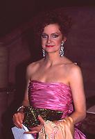 Swoosie Kurtz 1987 by Jonathan Green