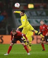 FUSSBALL   1. BUNDESLIGA   SAISON 2012/2013    20. SPIELTAG Bayer 04 Leverkusen - Borussia Dortmund                  03.02.2013 Lars Bender (li, Bayer 04 Leverkusen) gegen Ilkay Guendogan (reBorussia Dortmund)