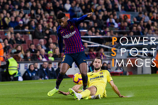 Nelson Semedo of FC Barcelona (L) is challenged by Alfonso Pedraza of Villarreal (R) during the La Liga 2018-19 match between FC Barcelona and Villarreal at Camp Nou on 02 December 2018 in Barcelona, Spain. Photo by Vicens Gimenez / Power Sport Images