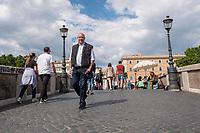 Roma, Giugno, 2019. Lo scrittore Federico Moccia fotografato nei vicoli di Roma dove è ambientato il suo ultimo libro. (Antonello Nusca/Buenavista photo)