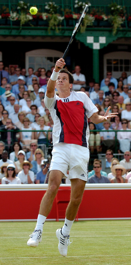Photo: Richard Lane..The Stella Artois Championship at Queens. 09/06/2004..Tim Henman