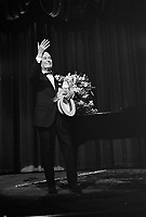 Maurice Chevalier ,HOLLAND <br /> , February 9, 1968.<br /> <br />  Maurice Chevalier during concert<br /> <br /> Photographer Koch, Eric / Anefo