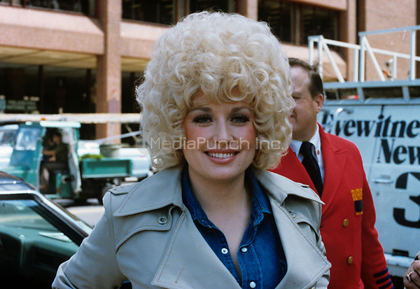 American singer-songwriter Dolly Parton photographed June 1981. © Nancy Barr  / MediaPunch