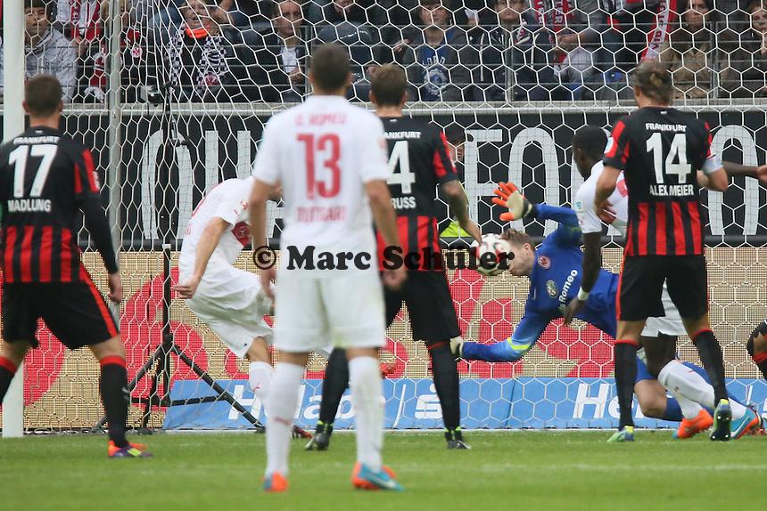 Christian Gentner (VfB) erzielt das 4:5 - Eintracht Frankfurt vs. VfB Stuttgart, Commerzbank Arena