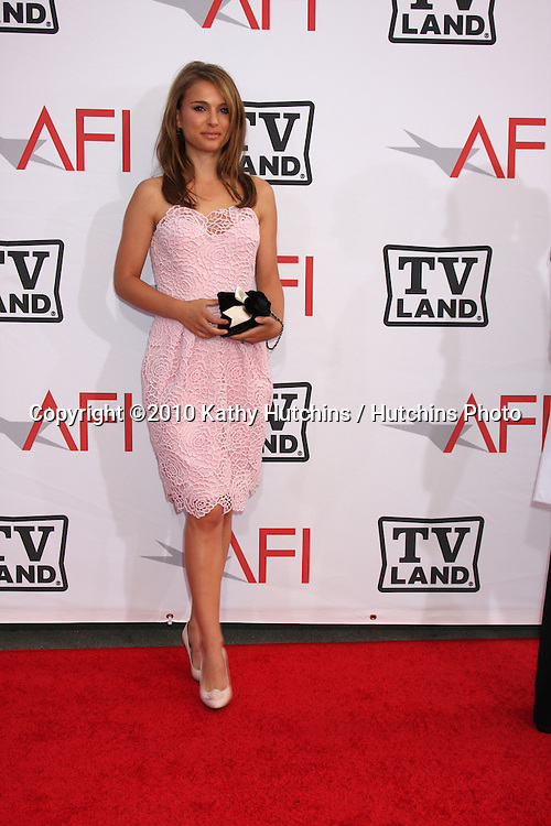 Natalie Portman.arrives at the AFI Salute to Mike Nichols .Sony Pictures Studio.Culver City, CA.June 10, 2010.©2010 Kathy Hutchins / Hutchins Photo..