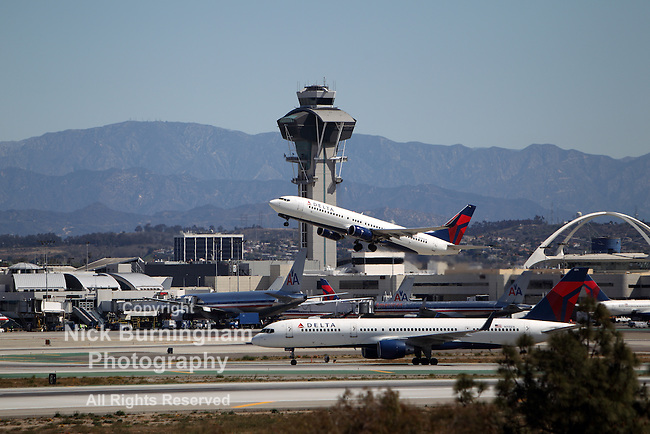 LOS ANGELES, CALIFORNIA, USA - April 17, 2013 - Delta Air Lines Boeing 737-832 takes off from Los Angeles Airport on April 17, 2013. The plane has a range of 5,765 km and a maximum speed of 544 mph