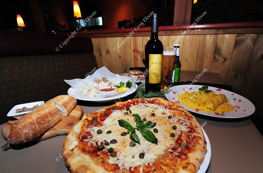 Bucatini Trattoria restaurant features pizza, seafood cannoli, calamari, and other Italian cuisine