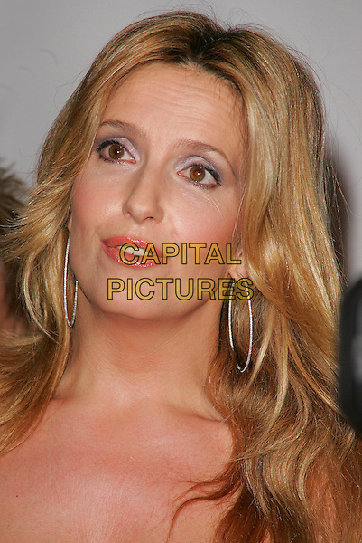 PENNY LANCASTER STEWART.At the Emeralds and Ivy Ball in aid of Cancer Research UK..Old Billingsgate Market, London, England, .November 30th 2007..portrait headshot funny.CAP/ROS.©Steve Ross/Capital Pictures