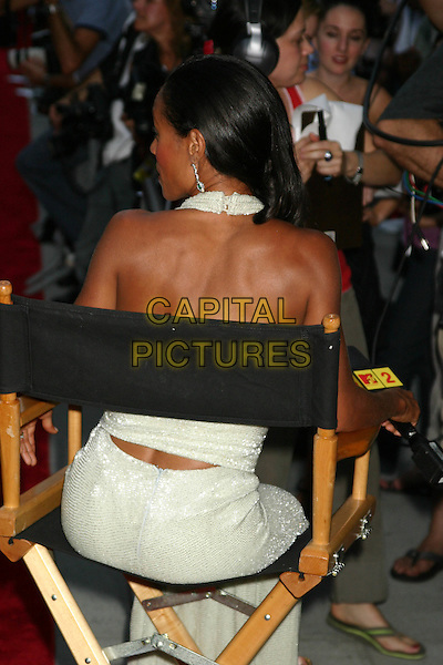 """JADA PINKETT SMITH.""""Collateral"""" Premiere - New York - Arrivals.New York City, New York .August 4, 2004.half length, halterneck, sitting, backless, back, behind, rear.www.capitalpictures.com.sales@capitalpictures.com.©Capital Pictures"""