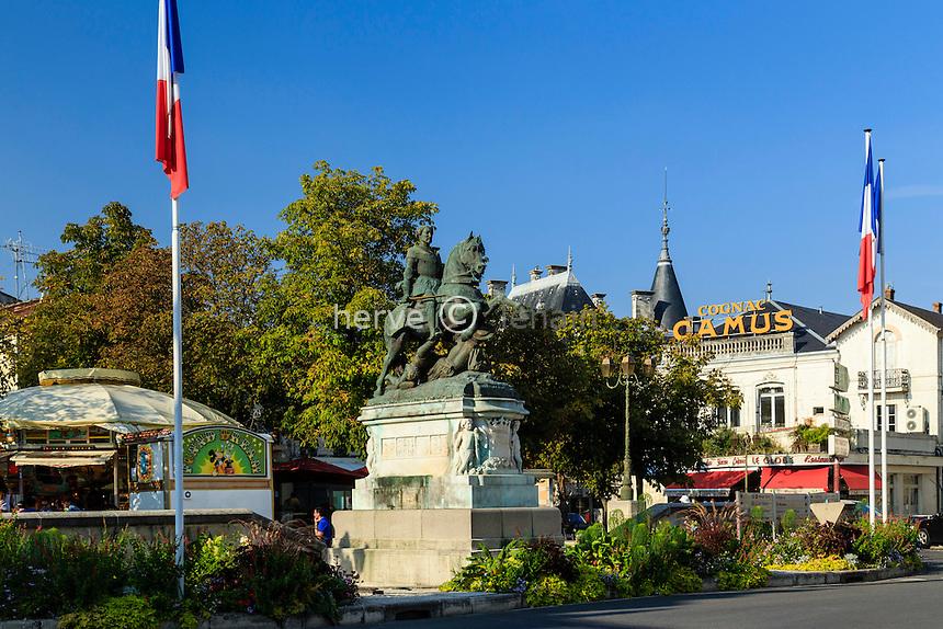 France, Charente (16), Cognac, place François 1er // France, Charente, Cognac, François the First Square