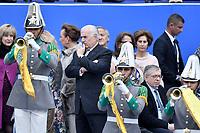BOGOTÁ - COLOMBIA, 07-08-2018: Andres Pastrana, expresidente de Colombia, durante la ceremonia de juramento en donde Ivan Duque, toma posesión como presidente de la República de Colombia para el período constitucional 2018 - 22 en la Plaza Bolívar el 7 de agosto de 2018 en Bogotá, Colombia. / Andres Pastrana, former president of Colombia, during the swearing ceremony where Ivan Duque, takes office to constitutional term as president of the Republic of Colombia 2018 - 22 at Plaza Bolivar on August 7, 2018 in Bogota, Colombia. Photo: VizzorImage/ Gabriel Aponte / Staff