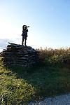 Fotograf bei der Arbeit, Apetlon, Nationalpark Neusiedlersee, Seewinkel, Bezirk Neusiedl am See, Burgenland, Austria, Österreich.