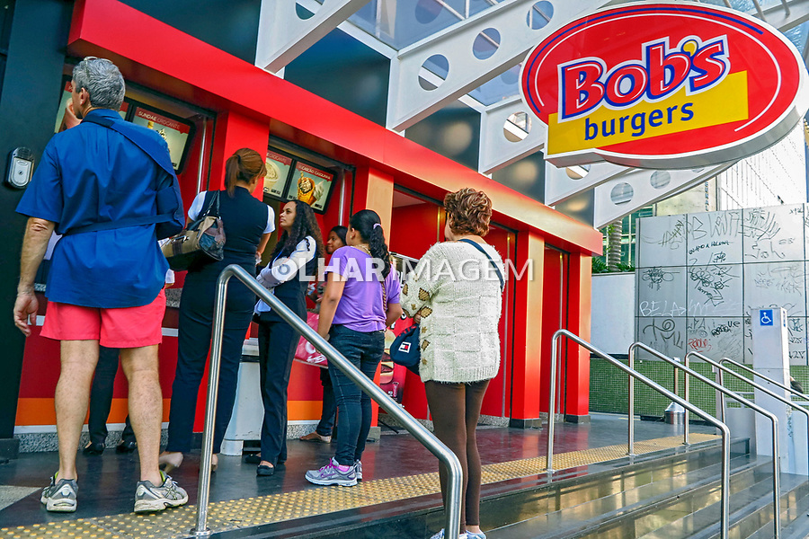 Lanchonete Bobs Burgers na Avenida Paulista, Sao Paulo.  2015. Foto de Juca Martins.