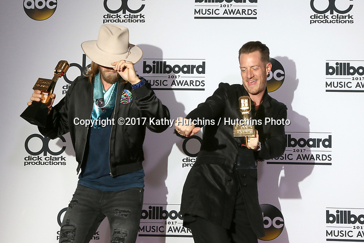 LAS VEGAS - MAY 21:  Florida Georgia Line, Brian Kelley, Tyler Hubbard at the 2017 Billboard Awards Press Room at the T-Mobile Arena on May 21, 2017 in Las Vegas, NV