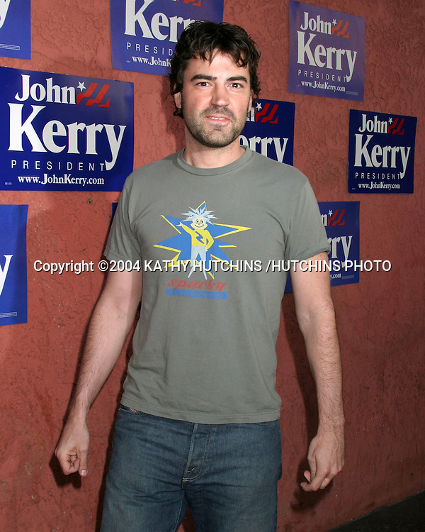 ©2004 KATHY HUTCHINS /HUTCHINS PHOTO.JOHN KERRY FUNDRAISER .HOSTED BY ALEX AND VANESSA KERRY.MUSIC BOX HENRY FORD THEATER.HOLLYWOOD, CA.JULY 6, 2004..RON LIVINGSTON