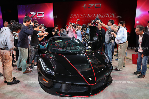 "October 12, 2017, Tokyo, Japan - Italian sports car maker Ferrari's ""LaFerrari Aperta"" is displayed on the sumo ring at Tokyo's Kokugikan sumo gynmasium in Tokyo to celebrate Ferrari's 70th anniversary event on Thursday, Octoebr 12, 2017. Ferrari also displayed 40 sports cars outside of the Kokugikan.   (Photo by Yoshio Tsunoda/AFLO) LWX -ytd"