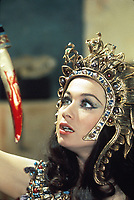 Blood from the Mummy's Tomb (1971) <br /> Valerie Leon<br /> *Filmstill - Editorial Use Only*<br /> CAP/KFS<br /> Image supplied by Capital Pictures