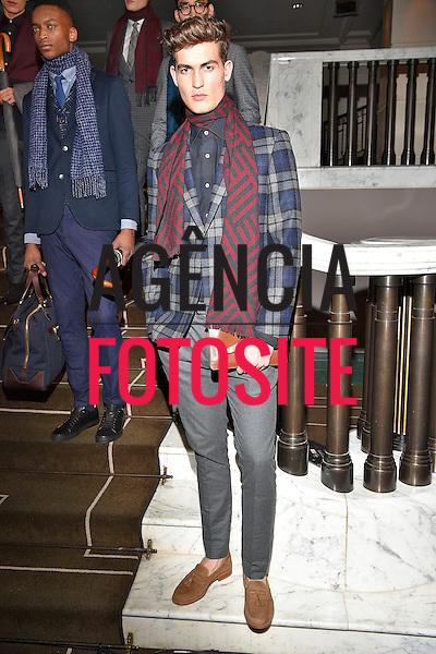 Duchamp<br /> <br /> Londres Masculino - Inverno 2016<br /> <br /> <br /> foto: FOTOSITE