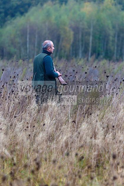 Europe/France/Centre/41/Loir-et-Cher/Sologne/Env de Bracieux: A la chasse - -Auto N°: 2012-4102  //  France, Loir et Cher, Sologne, Bracieux: Hunting in Sologne -Auto N°: 2012-4102