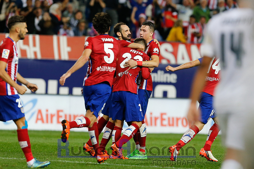 Players Atletico Madrid celebrating goal of Vietto
