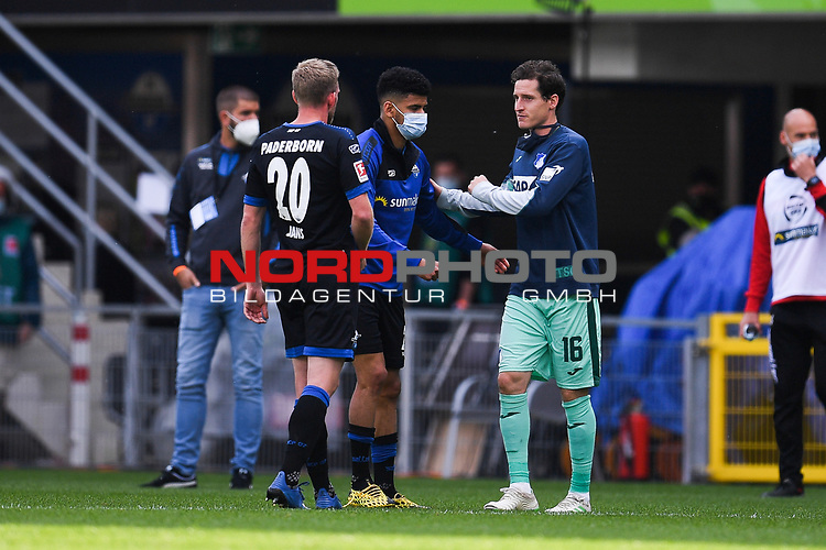 Nach dem Spiel: Laurent Jans (SC Paderborn #20) und Sebastian Rudy (TSG 1899 #16) klatschen ab.<br /><br />Foto: Edith Geuppert/GES /Pool / Rauch / nordphoto <br /><br />DFL regulations prohibit any use of photographs as image sequences and/or quasi-video.<br /><br />Editorial use only!<br /><br />National and international news-agencies out.