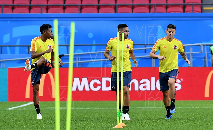 KAZAN - RUSIA, 23-06-2018: Johan MOJICA, Radamel FALCAO y James RODRIGUEZ jugadores de Colombia, durante entrenamiento en Kazan Arena previo al encuentro del Grupo previo al encuentro del grupo H  con Polonia como parte de la Copa Mundo FIFA 2018 Rusia. / Johan MOJICA, Radamel FALCAO and James RODRIGUEZ players of Colombia during training session in KazanArena prior the group H match with Poland as part of the 2018 FIFA World Cup Russia. Photo: VizzorImage / Julian Medina / Cont