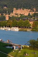 Europe/Allemagne/Bade-Würrtemberg/Heidelberg: Europe/Allemagne/Bade-Würrtemberg/Heidelberg: La ville, le Château depuis la rive droite du Neckar le vieux pont