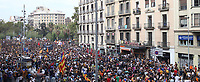 Thousands of people demonstrate in support of the General Strike for the Independence of Catalonia and against the National Police and Civil Guard. October  3, 2017. (ALTERPHOTOS/Juan Carlos Rojas)<br /> Referendum Indipendenza Catalogna <br /> Foto Alterphotos / Insidefoto <br /> ITALY ONLY