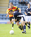 10/10/2009  Copyright  Pic : James Stewart.sct_jspa07_dundee_v_partick  . :: RITCHIE HART TRIES TO GET AWAY FROM ALAN ARCHIBALD  :: .James Stewart Photography 19 Carronlea Drive, Falkirk. FK2 8DN      Vat Reg No. 607 6932 25.Telephone      : +44 (0)1324 570291 .Mobile              : +44 (0)7721 416997.E-mail  :  jim@jspa.co.uk.If you require further information then contact Jim Stewart on any of the numbers above.........