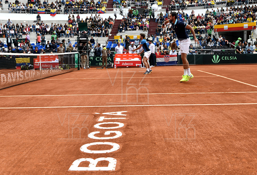 BOGOTA - COLOMBIA – 16 – 09 -2019: Nikola Metick (Izq.) y Marin Cilic (Der.) de Croacia, durante partido de dobles de la Copa Davis entre los equipos de Colombia y Croacia, partido por el ascenso al Grupo Mundial de Copa Davis por BNP Paribas. / Nikola Metick (L) and Marin Cilic (R) of Croacia, during Davis Cup doubles match between the teams of Colombia and Croatia, games for the promotion to the World Group of Glass Davis by BNP Paribas. / Photo: VizzorImage / Luis Ramirez / Staff.