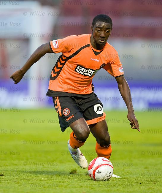 Prince Buaben, Dundee Utd