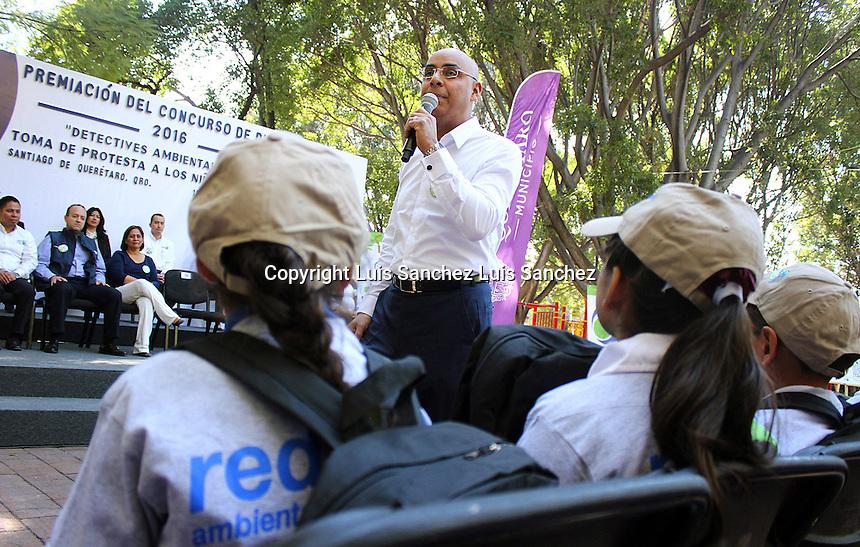 Quer&eacute;taro, qro. 13 de diciembre de 2016.- A trav&eacute;s del municipio capitalino se otorg&oacute; el premio de dibujos que lleva a cabo el programa Red Ambiental en el cual tambi&eacute;n los ni&ntilde;os de diversas escuelas tomaron protesta c&oacute;mo detectives ambientales.<br /> <br /> Foto: Luis S&aacute;nchez