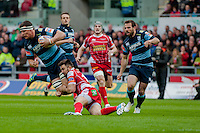 Saturday 10 May 2014<br /> Pictured: Robin Copeland of the Blues is brought down near the Scarlets 22 <br /> Re: Scarlets v Blues Rabo Direct Pro 12 Rugby Union Match at Parc y Scarlets, Llanelli, Wales