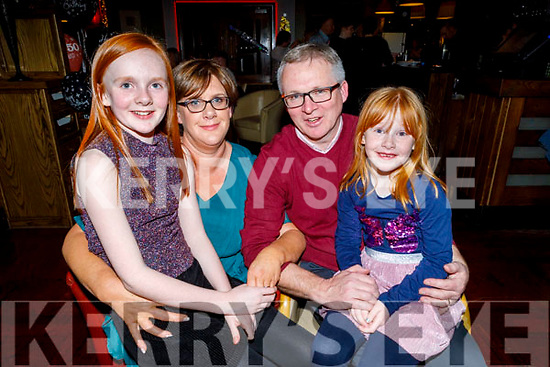 John O'Rourke from Ballymac celebrating his 50th birthday in Gallys on Saturday night<br /> L to r: Aimee, Siobhan, John and Sarah O'Rourke