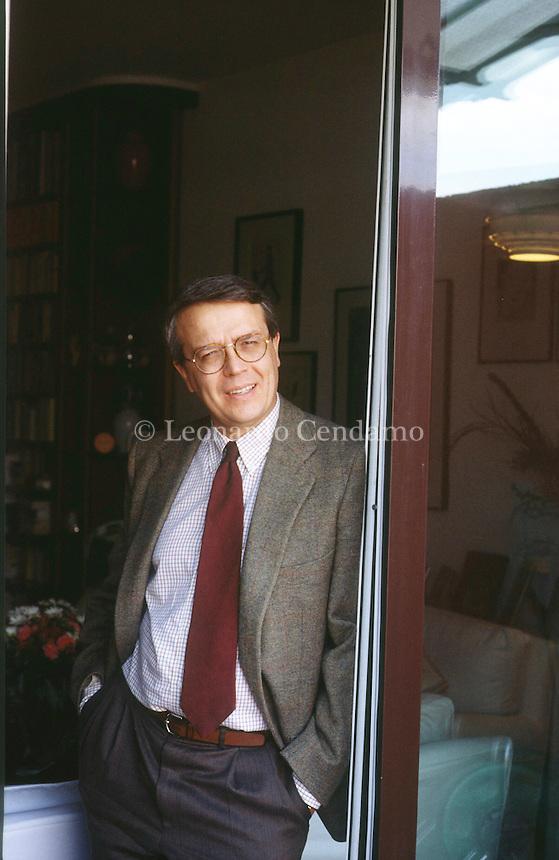 Paolo Mereghetti (Milano, 28 settembre 1949) è un critico cinematografico e giornalista italiano. Milano, aprile 2000. © Leonardo Cendamo