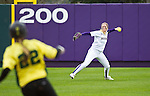 UW vs Oregon Softball 4/02/2011