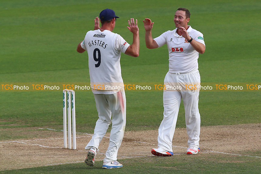 Graham Napier of Essex (R) is congratulated by David Masters on taking the last Worcestershire wicket, Jack Shantry during Essex CCC vs Worcestershire CCC, Specsavers County Championship Division 2 Cricket at the Essex County Ground on 2nd September 2016
