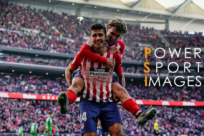 Rodrigo Cascante of Atletico de Madrid celebrates scoring the goal with teammate Antoine Griezmann during the La Liga 2018-19 match between Atletico de Madrid and Deportivo Alaves at Wanda Metropolitano on December 08 2018 in Madrid, Spain. Photo by Diego Souto / Power Sport Images