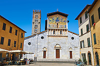 13th century Facade with Byzantine Mosaic panel depicting Christ Pantocrator of the Basilica of San Frediano, a Romanesque church, Lucca, Tunscany, Italy