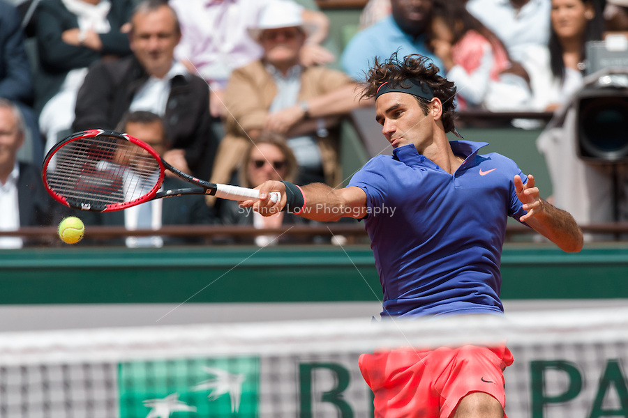 May 29, 2015: Roger FEDERER of Switzerland in action in a 3rd round match against Damir DZUMHUR of Bosnia and Herzegovina on day six of the 2015 French Open tennis tournament at Roland Garros in Paris, France. Sydney Low/AsteriskImages
